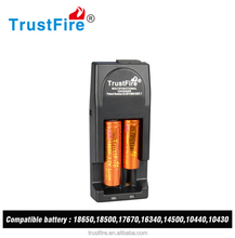 ROHS TrustFire Tr-001 rechargeable battery charger output 3v 4.2v ac dc adapter 2slot EU/US/AU/UK(18650/18350/18650/18500/10440