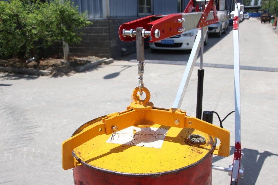 Portable small mini hydraulic manual crane 400kg for lifting crane