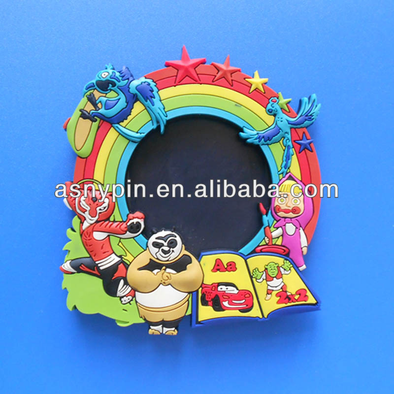 3D pvc animals world photo frame,custom picture jewelry frame China manufacturer