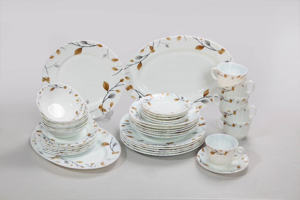 Heat Resistant Opal Glassware 87PC Tableware Set / Arcopal Dinner Set Milky White With Flower Border Design China Manufacturer