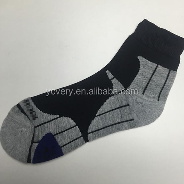 Custom high quality elite socks for sports men's terry cotton socks