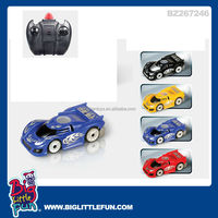 Remote control wall climbing car toy with infrared