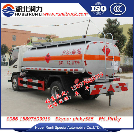 Small Fuel Tank Trucks, 4000Liters Volume Level meter For Diesel Tanks, Fuel Reel Hose Nozzle Diesel Delivery Trucks Cheaper Pri