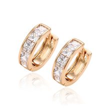 29255 lady daily wear zircon simple design earrings, 2017 Xuping Jewelry 18K Gold Plated Fashion Hoop Earring For Women