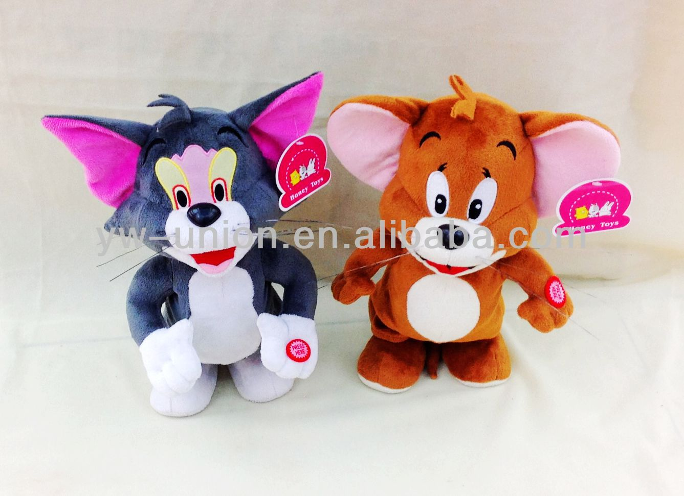 PLUSH MUSIC MOUSE AND CAT TOY