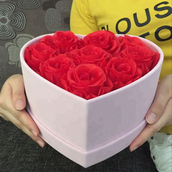 Wholesale Customized Hear Shape Velvet Flower Boxes
