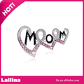 Mother's Day Birthday Gift Heart-shaped Brooch Pin with MOM Word Rhinestone Brooches
