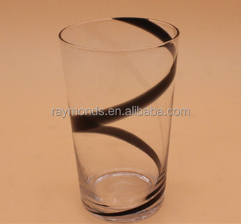 Clear Tumbler With Black Lines