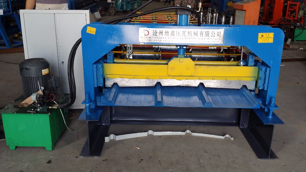 Portable Metal Roofing Roll Forming Machine For Sales
