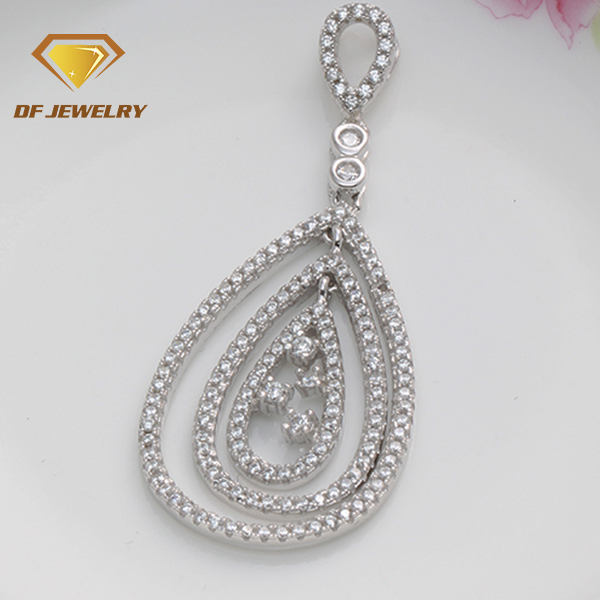 2018 fashionable custom vogue jewellery pendant wholesale supplies china