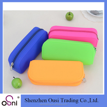 Wholesale school stationery children kids pencil case personalized silicone rubber pencil case