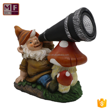 Customized Resin Figurines Decoration Garden Gnome with Solar Light