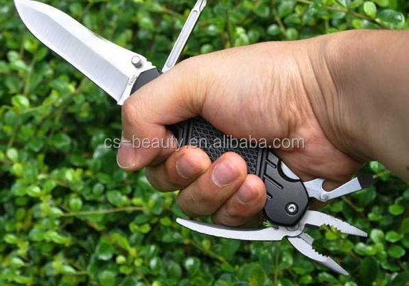 CS Outdoor Survival Folding Tactical Knife multifunctional sharp knife no brand knives