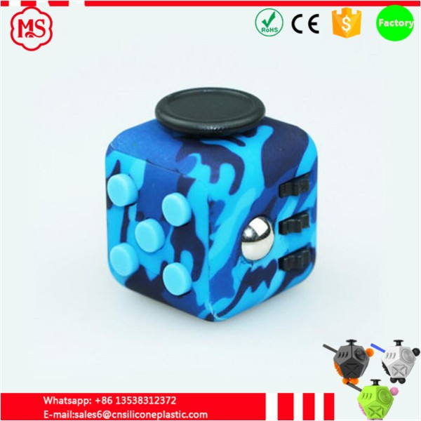 2017 New product Camouflage colors fidget 6 sided cube for chinese factory made