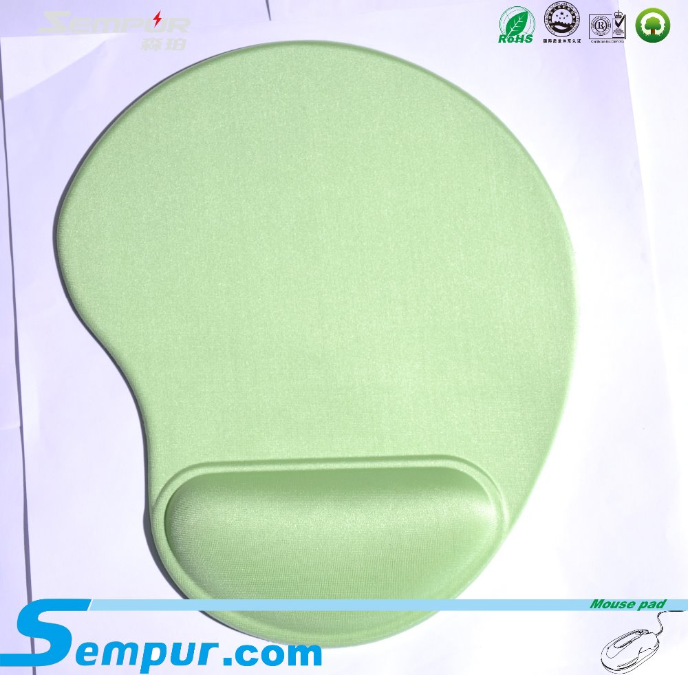 mouse wrist rest pad organic with rubber base and cloth top