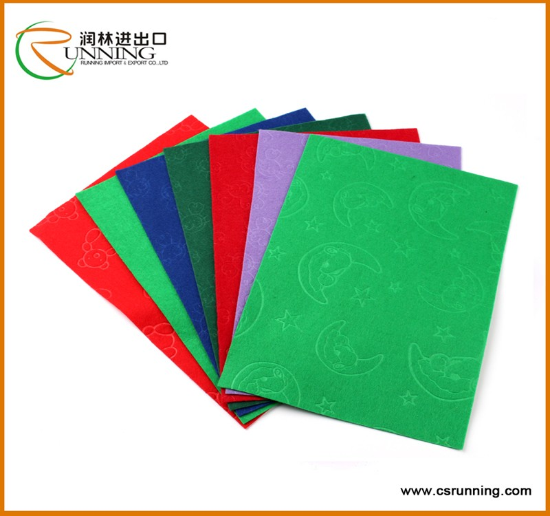 Arabesquitic 100% polyester embossed spunlace nonwoven fabric W type non woven raw material