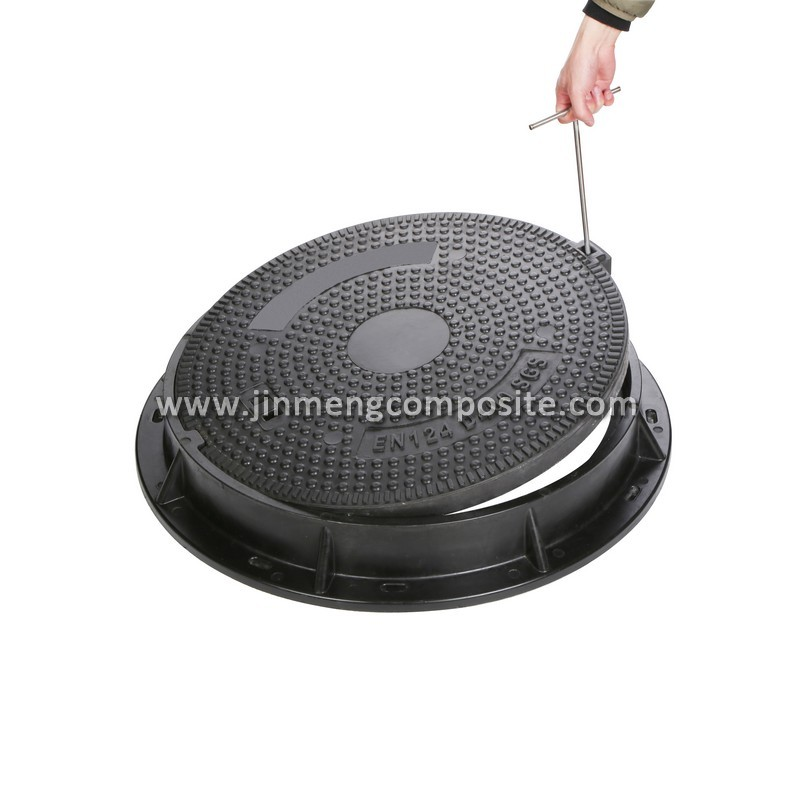 ductile iron petrol manhole cover grass manhole cover with lifter