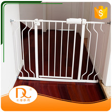 Hot sale metal extension pet dog barrier safety fence gates for sale