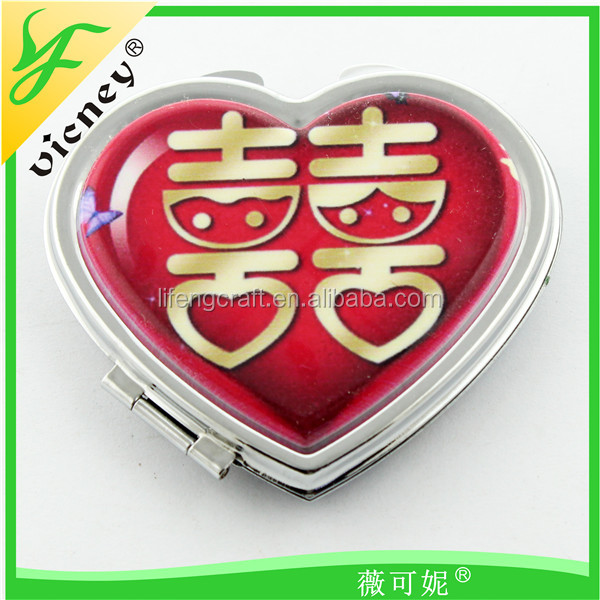 Customize Celebration Wedding Heart Metal Makeup Mirror With Reture To Guest