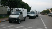 Hot sale !! cheaper 1-2Tons mini delivery truck/foton small van trucks for sale/small freezer truck