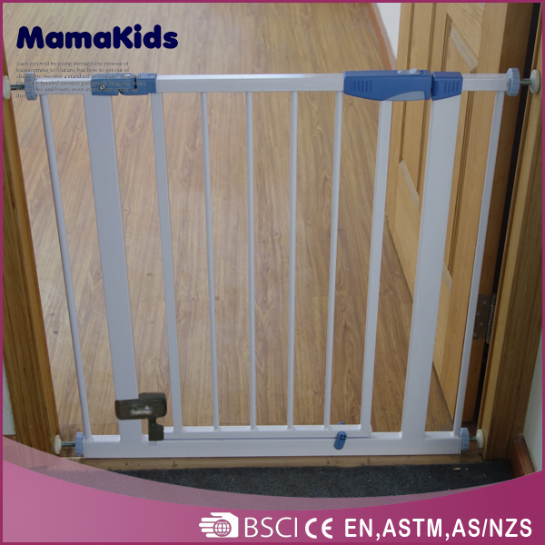 Metal Baby Safety Gate Baby Play Yard Auto-close metal pet safety gate