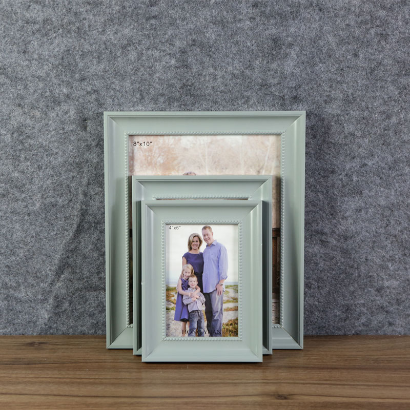 New style picture frames photo wall one dollar wall hanging photo frames