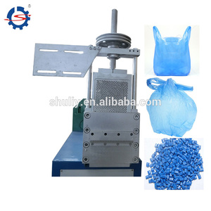 waste plastic granules making machine/PE flakes pelletizing line/recycled plastic granulation machine