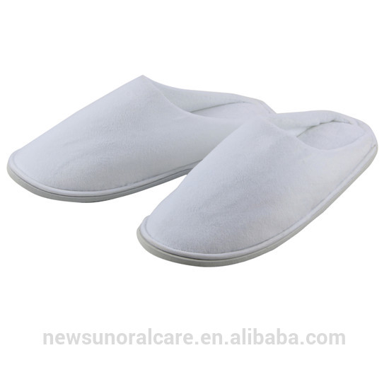 Wealth of experience in trade Good quality top quality comfortable wholesale hotel slippers