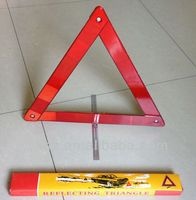 automotive tools warning triangle distance from car