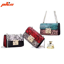Factory Wholesale Genuine Leather Famous Brand Square Shoulder Bag Snake Skin Clutch Bags