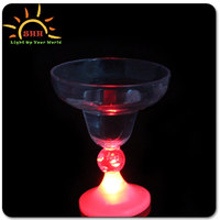 Cheap flashing led Margarita Ice cream goblet barware wine cups, novelty light up party supplies plastic glass
