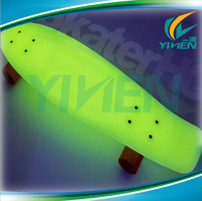 new 22inch Complete Plastic Style Skateboard Hover long board Skate Glow in the dark Blue With Glowing wheels