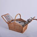 4 persons natural wicker picnic hamper with fabric liner and handle