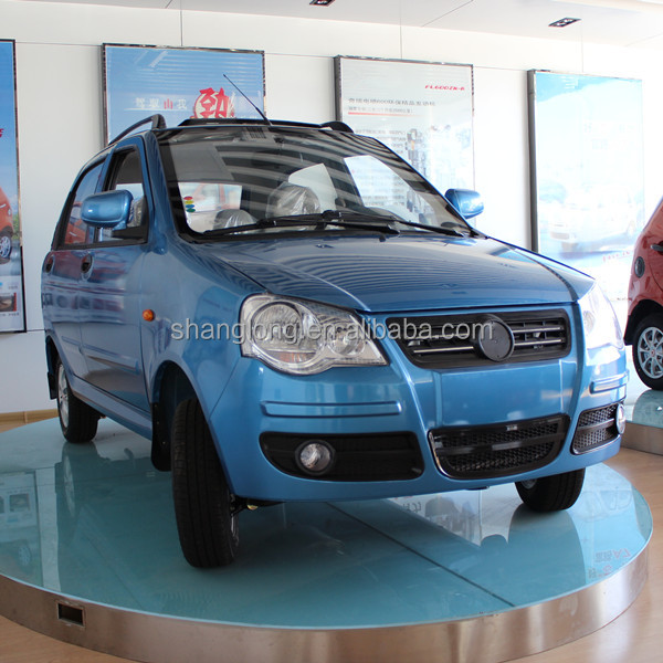 Chinese Cheap 600cc 4 Doors Gasoline Car for Sale