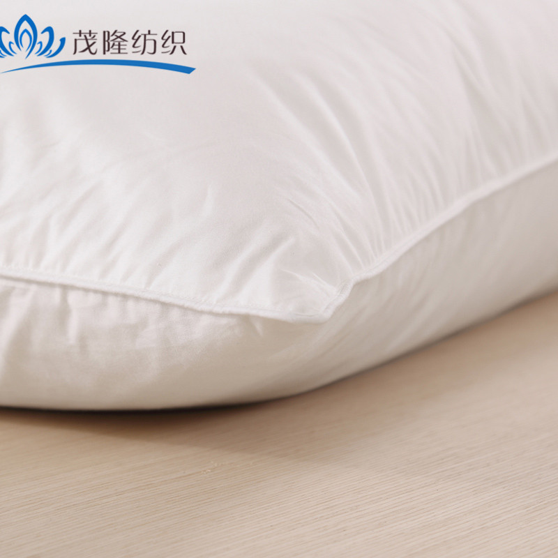 white plain small and soft pillow/ throw family home/hotel/hospital pillows