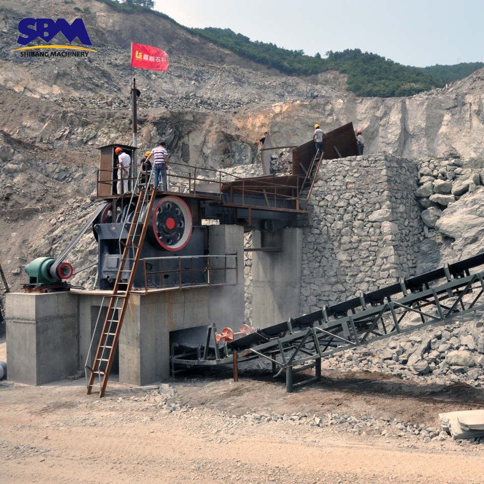 SBM low price high quality gold ore crushing line