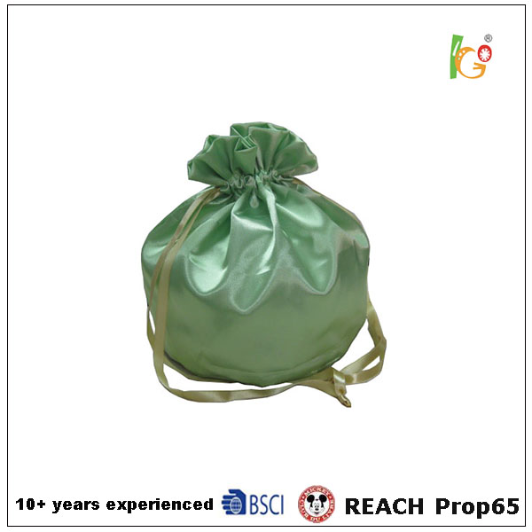 Green color Eco-friendly jewels promotional Drawsting Bag