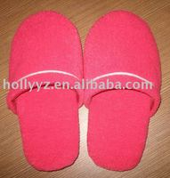 Comfortable cotton terry warm red hotel slipper for female use