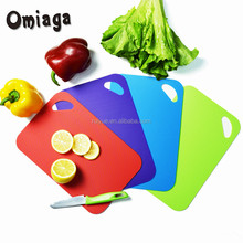 2018 welcome acacia flexible non-slip plastic cutting board set for Kitchen
