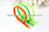 Zipper Bands Zip Bracelets. Unisex Fashion Accessory - Brand New