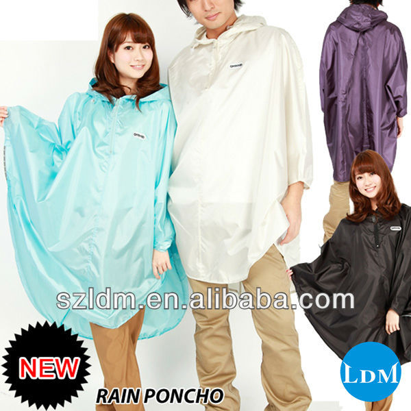 Hot Selling Logo Rain Poncho Fashion Nylon Rain Poncho