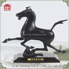 Reproduction of Chinese traditional classic bronze jumping horse sculpture HQY705