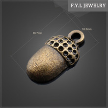 12957-1009 alloy accessories zinc alloy metal parts electroplating bright food in Silverpine small pine Pendant