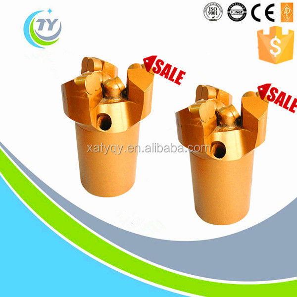 Used in gas drainage hole male screw concave thee wing drill bit