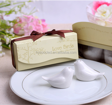 free shipping Love birds style salt and pepper shakers <strong>wedding</strong> door gifts for guests <strong>wedding</strong> favors gifts return gifts souvenir