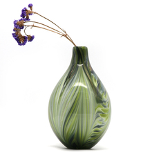 OEM/ODM home decoration pieces different types handblown color flat round glass vase