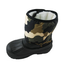 China cheap winter durable warm snow camo boots with plush lining