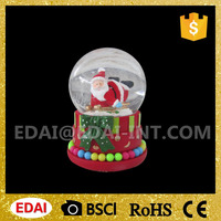 Lovely polyresin figures water custom mini glass christmas snow globes wholesale