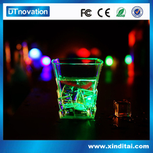 Measuring drinking plastic cup with handle cup with flashing led