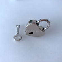 Highly Nickle Polished Heart Shaped Padlock with Skeleton Key